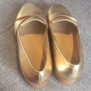 2fd655a26c7 kate spade Shoes - Kate Spade Satchi metallic gold loafers size 8M